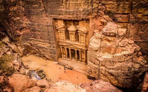 The lost city of Petra - Alejandro Bernabe Navarro